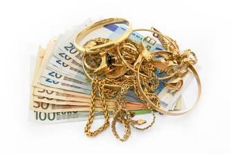 Des bijoux, des anneaux, des colliers, du vieil or, des m�dailles contre argent liquide